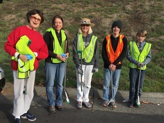 Photo of Clean Up Volunteers