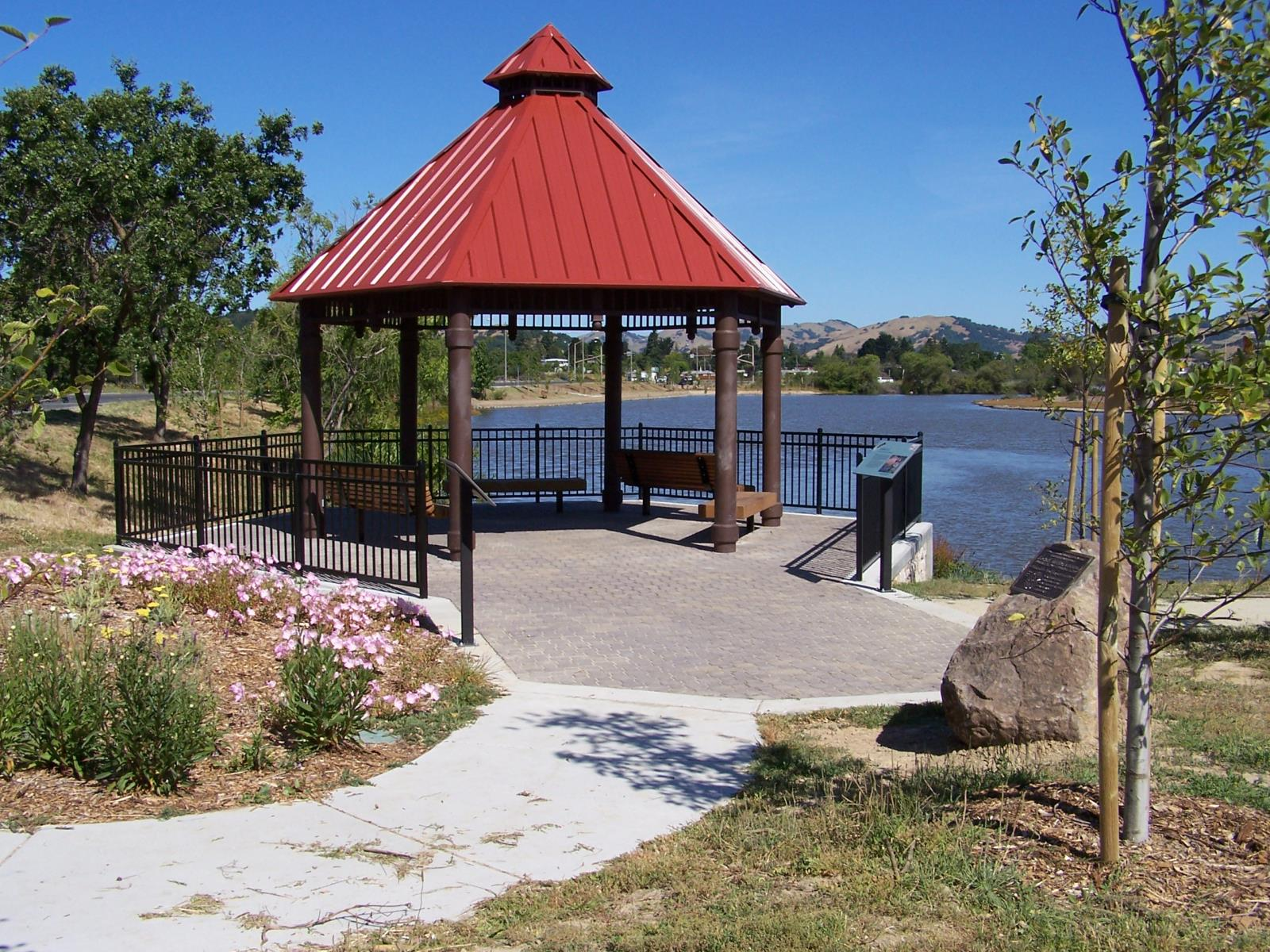 Scottsdale Pond Gazebo