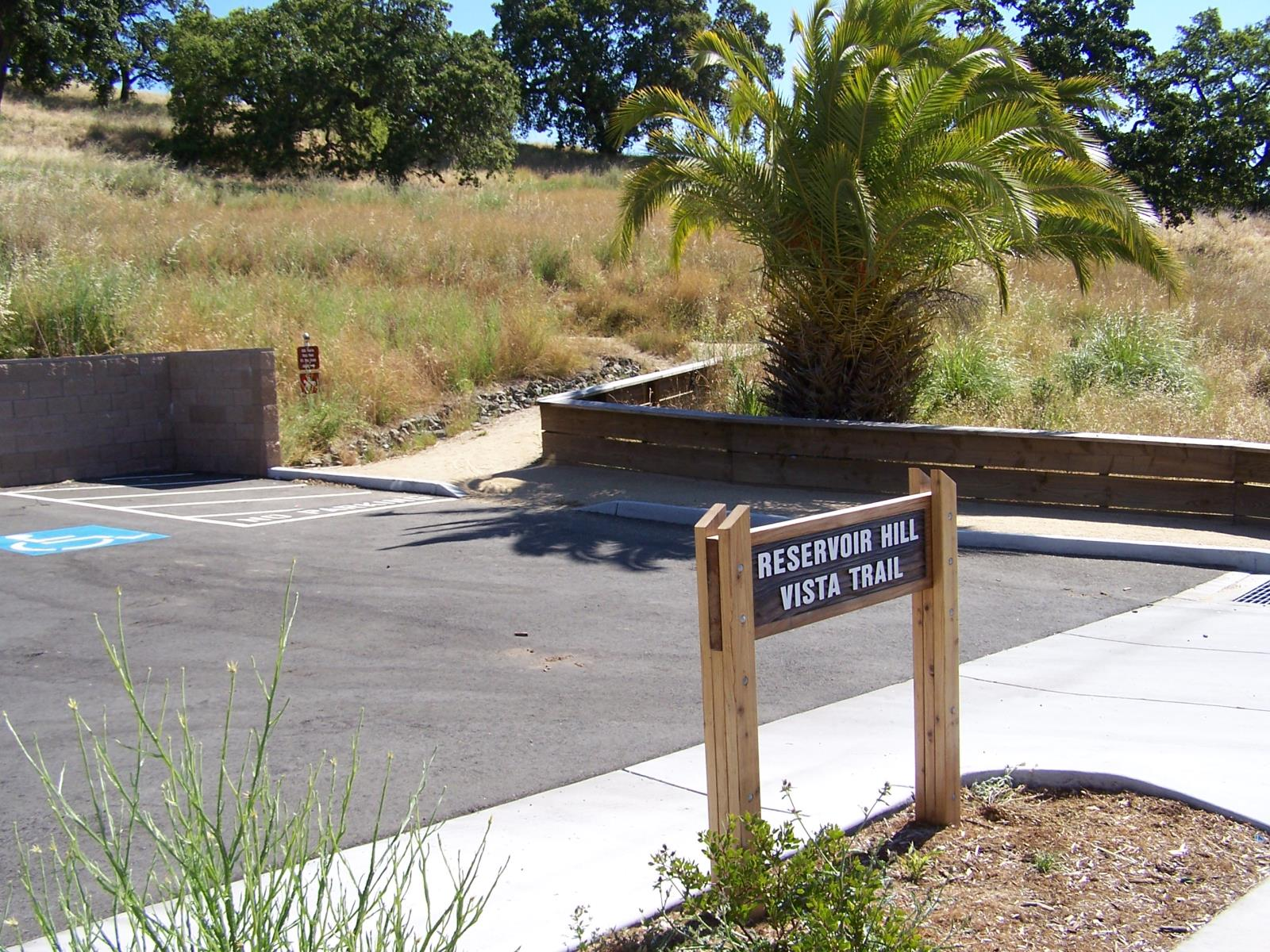 Picture of Hamilton Reservoir Hill Trailhead